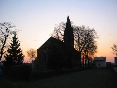 Prezbiterium (widok od strony ul. Dworcowej)