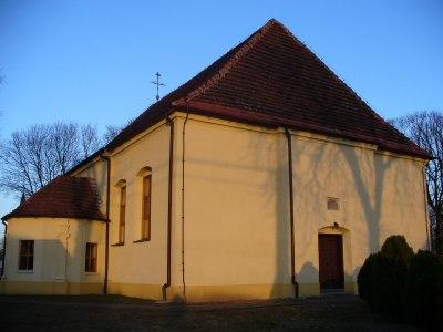 Wejście do kościoła od strony południowej